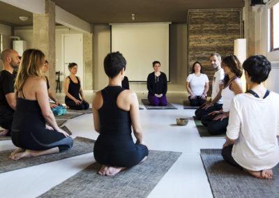 Escuela de profesores Yoga Tierra